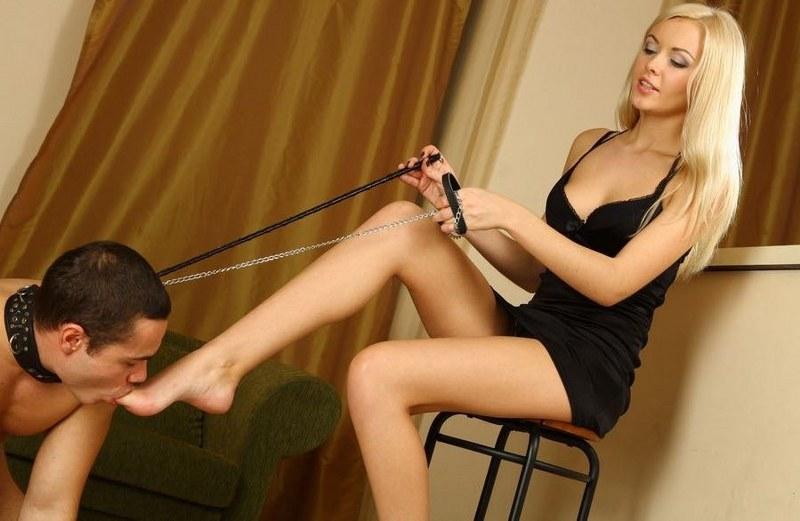 Смотреть видео госпожа с прекрасными ножками